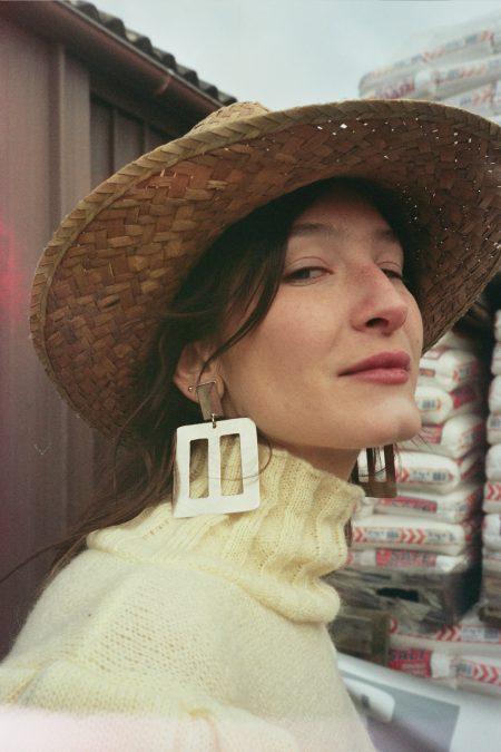 YVONNE silver buckle earrings - MaisonCléo