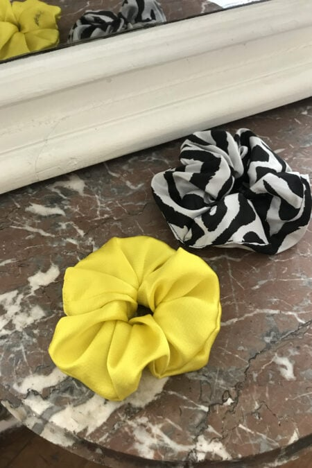 Zebra stripes and sun yellow pack of two scrunchies - MaisonCléo