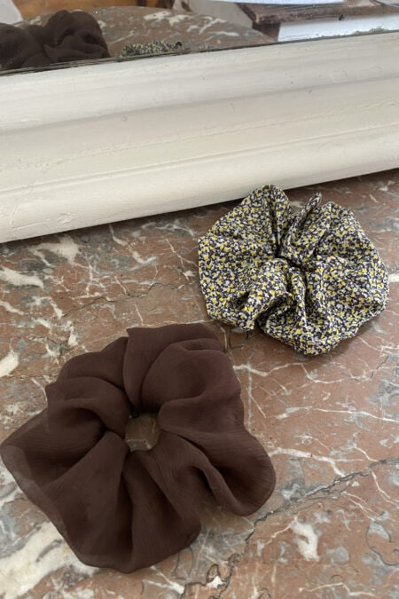 Brown silk and BROWN AND YELLOW LIGHT patterns pack of two scrunchies - MaisonCléo
