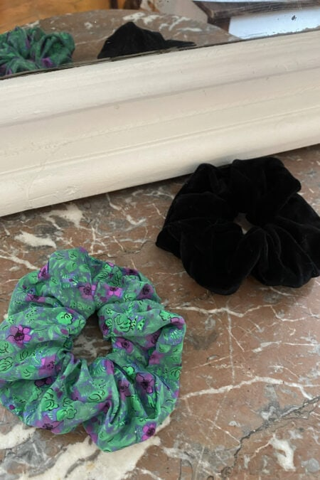 Black velvet and purple flowers organza pack of two scrunchies - MaisonCléo