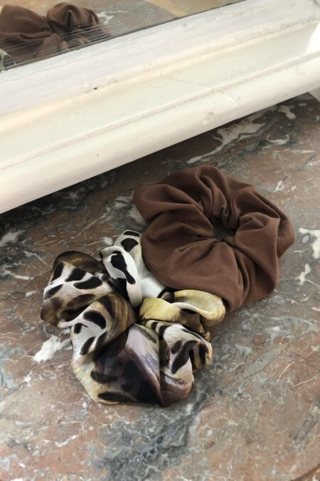 Leopard patterns silk and brown jersey pack of two scrunchies - MaisonCléo